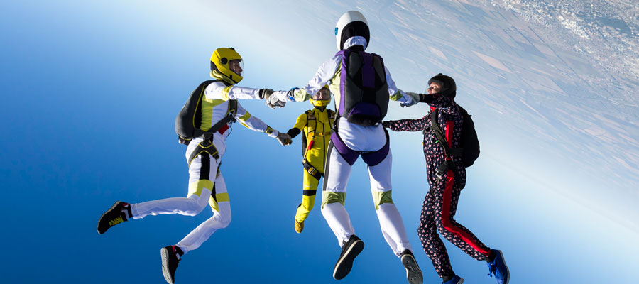 Will Skydiving Help You Overcome Your Fear of Heights?